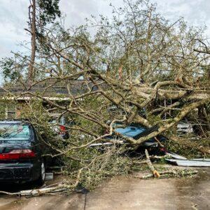 destruction after hurrucane laura 2020