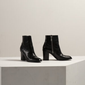 yves saint laurant boots, renee parsons, style
